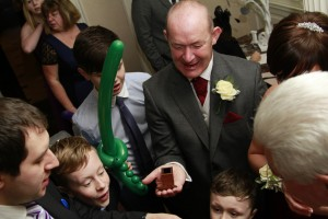 Wedding Entertainment Nottingham – Wedding magician Nottingham